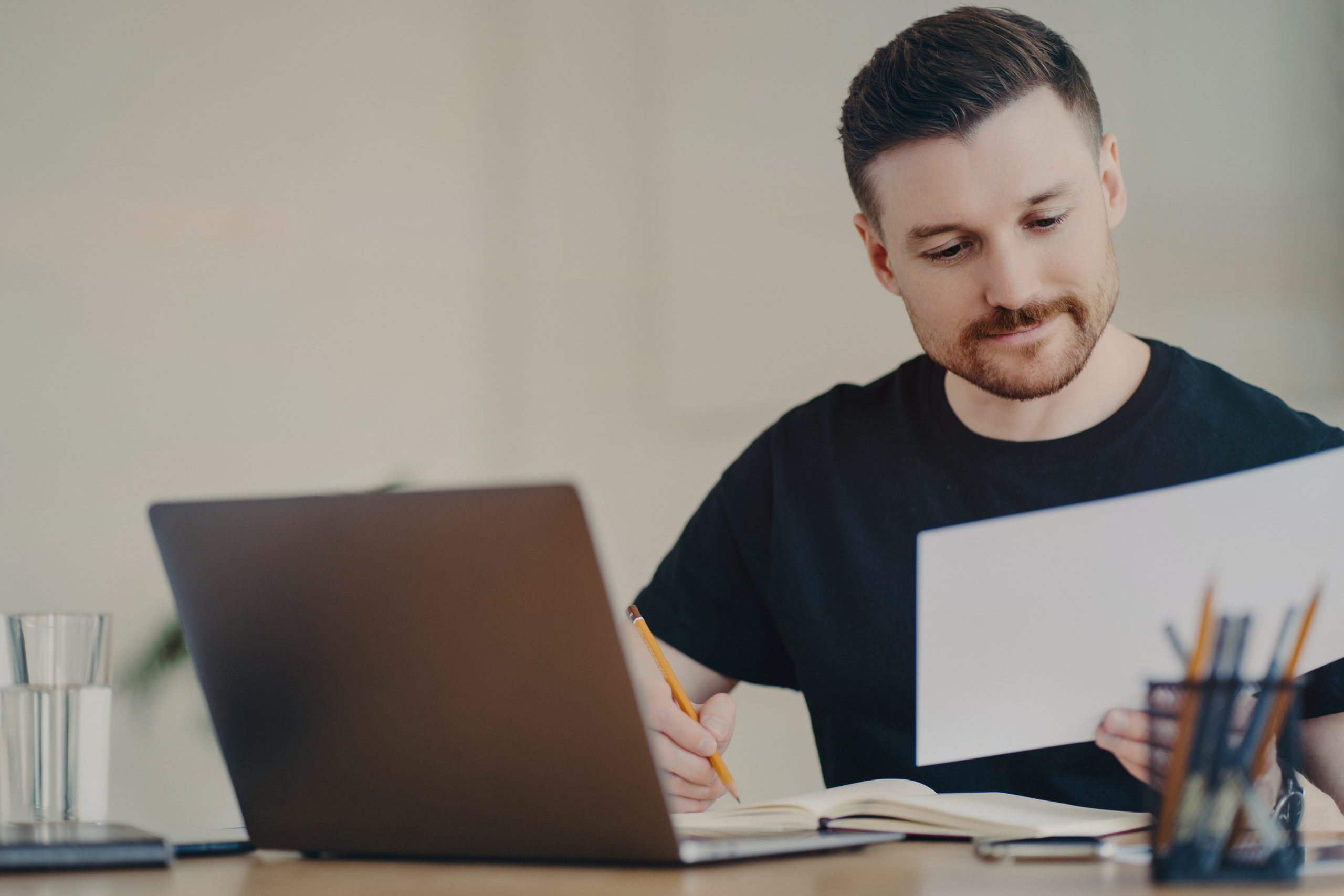How to Save Money on Taxes as an Independent Contractor